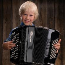 Hopeinen Harmonikka 2012 -voittaja
