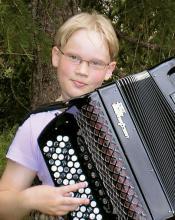 Hopeinen Harmonikka 2001 -voittaja