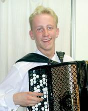 Kultainen Harmonikka 2001 -voittaja
