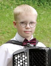 Hopeinen Harmonikka 2002 -voittaja